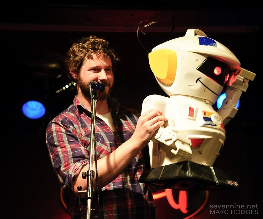 Dan and his robot